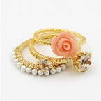 Drie Gouden Steentjes & Roos Ring