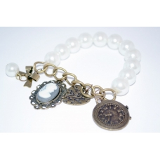 Parel Armband Met Bedels