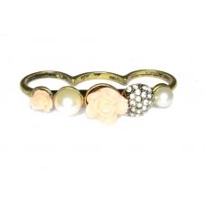 Gouden Drie Vinger Ring Met Parels & Rozen