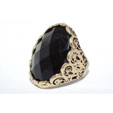 Oud Zwarte Ring