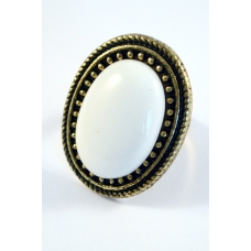 Witte Steen Ring