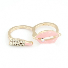 Roze Mond Met Zilveren Lippenstift Ring