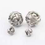 Zilveren Bol Wol Oorbellen