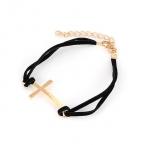 Zwarte Met Gouden Kruis Armband