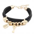 Zwart Met Gouden Bedeltjes Armband II
